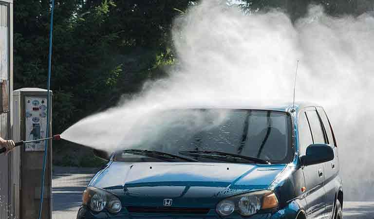 sedan-car-wash-service